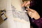 Обучение по курсу «Плетение кружев на коклюшках» в центре «Союз»